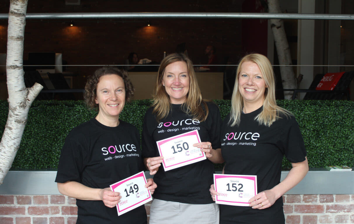 Source Raising Money For Cancer Research UK In Race For Life